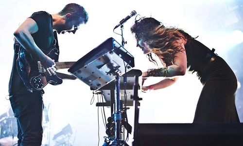 m83 performing live 11