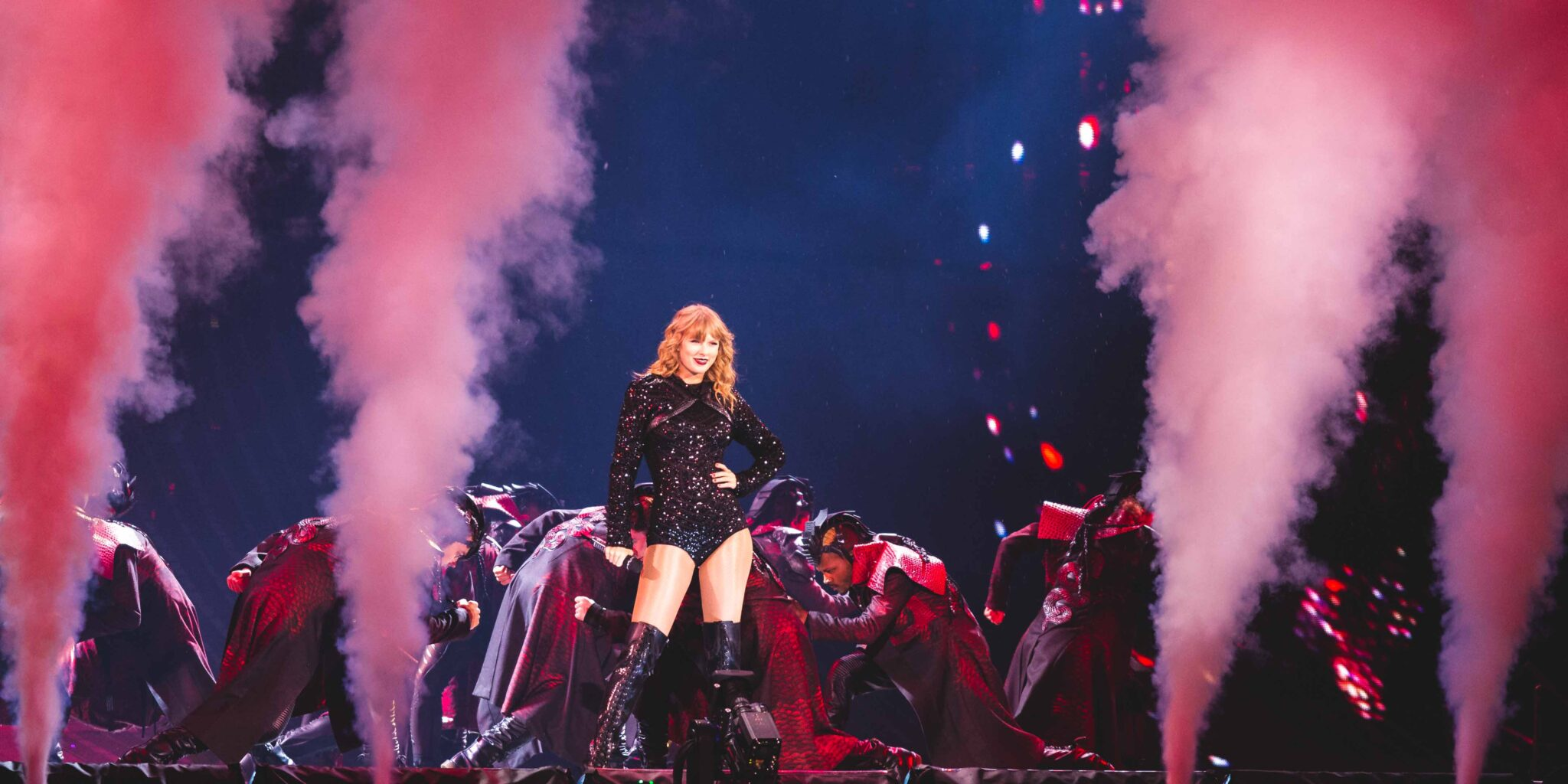 Taylor Swift Rocks Her First Night At U S Bank Stadium