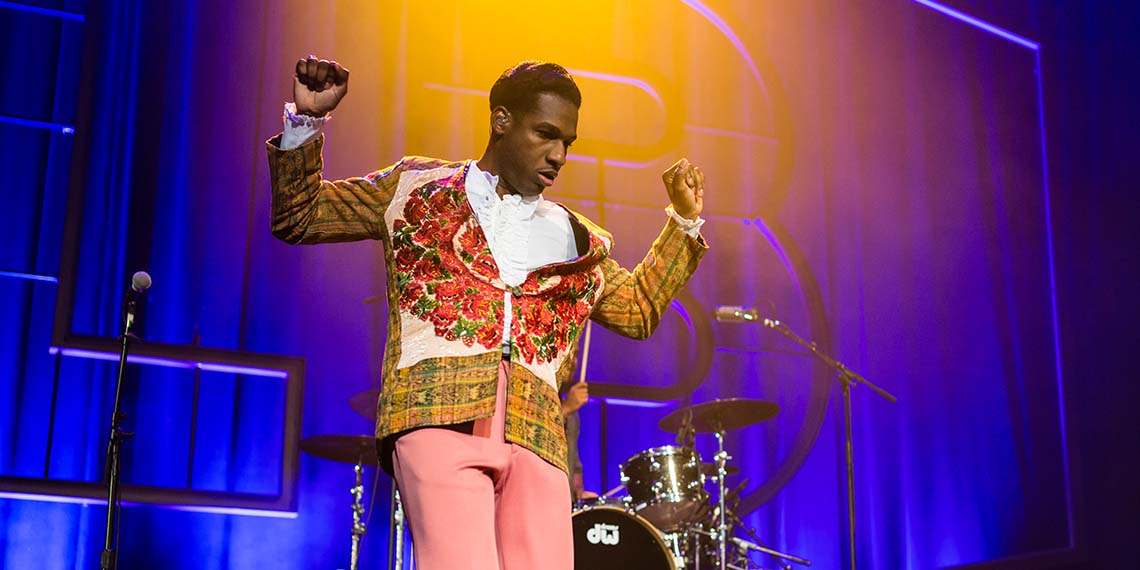 Leon Bridges Saint Paul Palace Theatre 2018