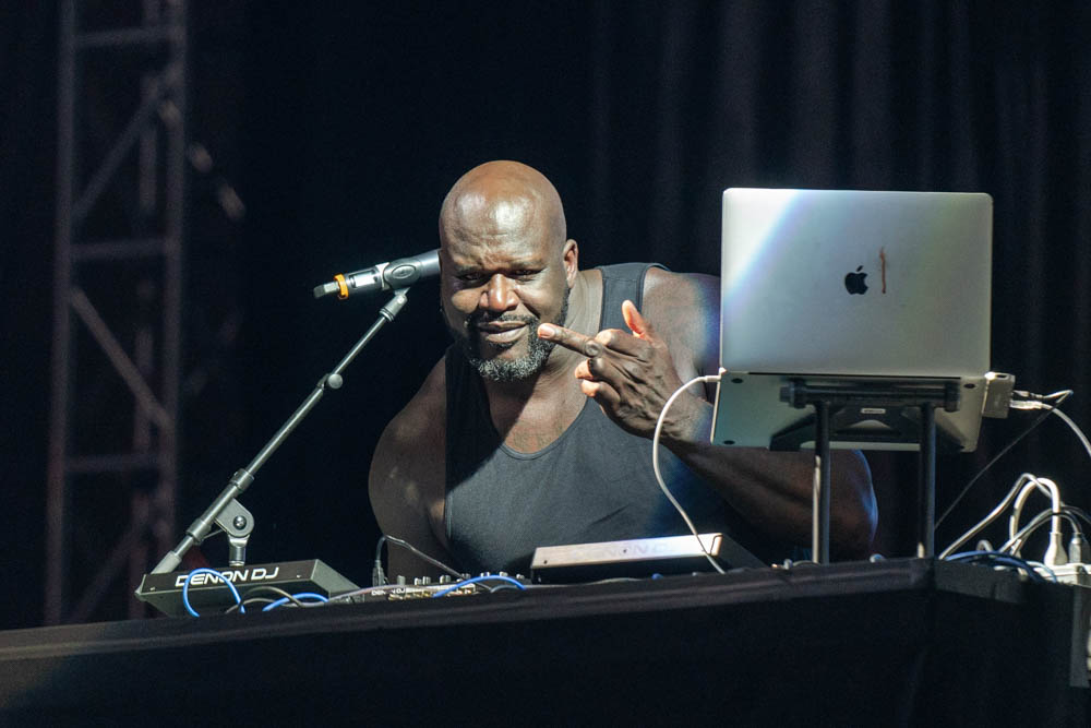 Shaq aka DJ Diesel - Photo by Chris Taylor Shaquille O'Neal Minneapolis Minnesota Zombie Pub Crawl