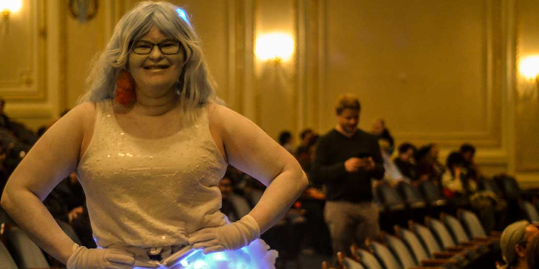 Glow Cloud Cosplay