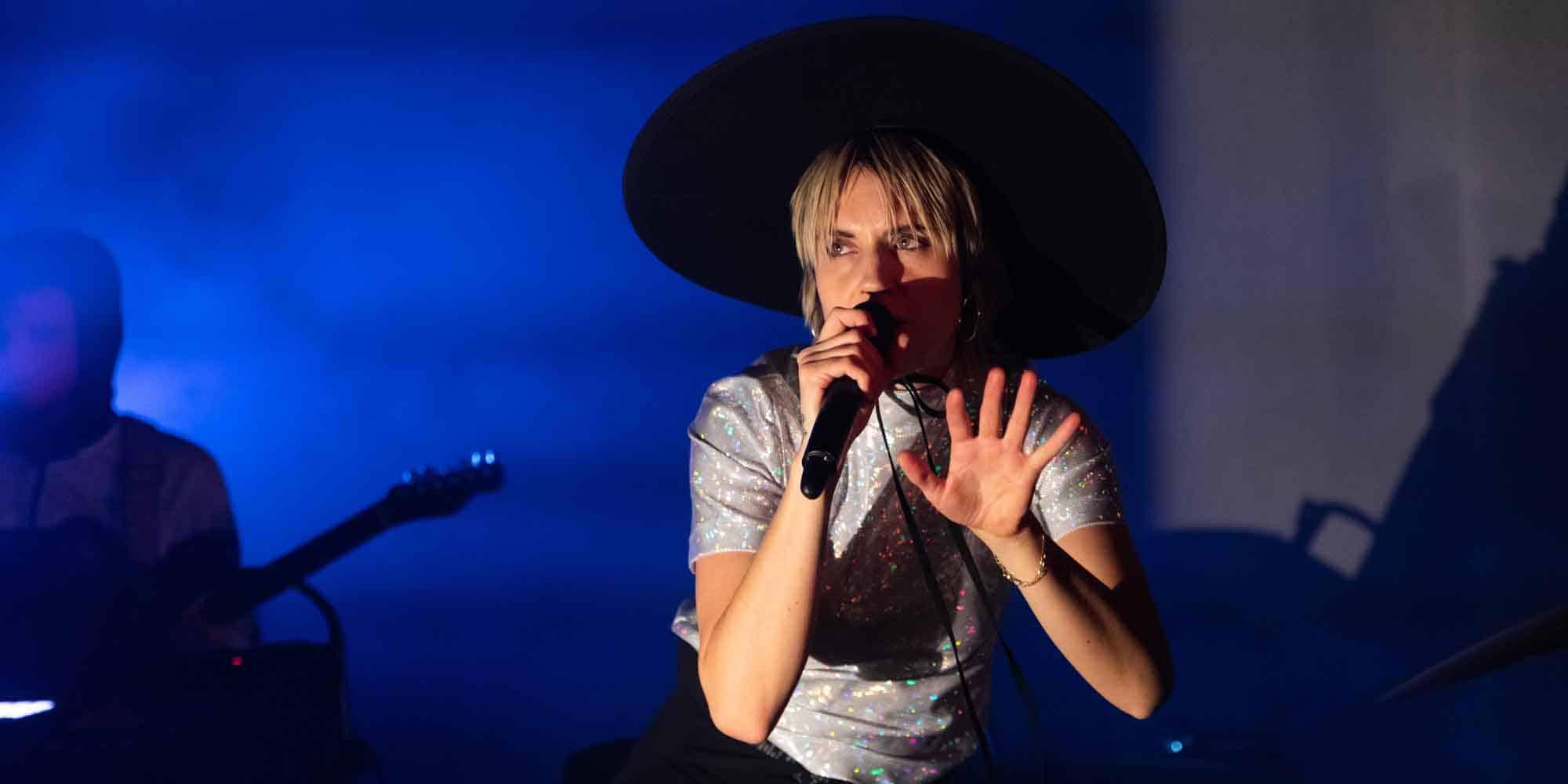 Mø live performance 2019 forever neverland