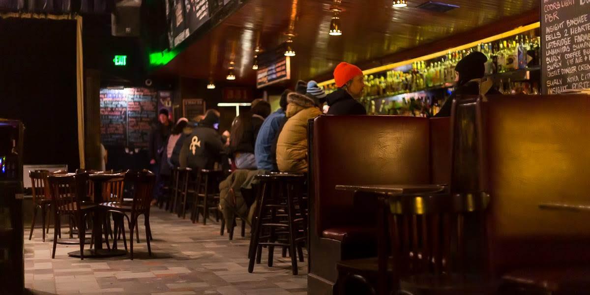 331 Cub Bar
