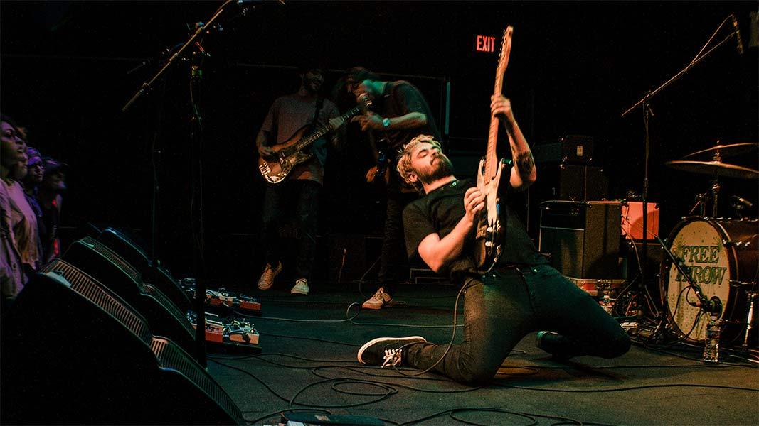 Cory Castro Free Throw Seaway the Garage Burnsville Minnesota May 6 2019 Pop Punk Fresh Produce Tour
