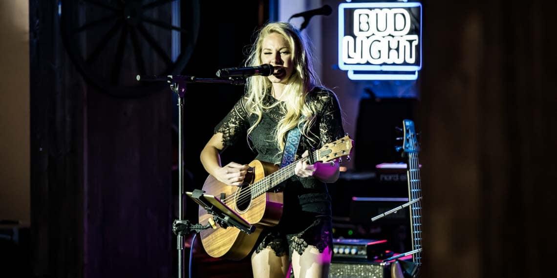 Erin Grand, Uncle Kracker, Music In Minnesota, Wild Greg's Saloon, Country
