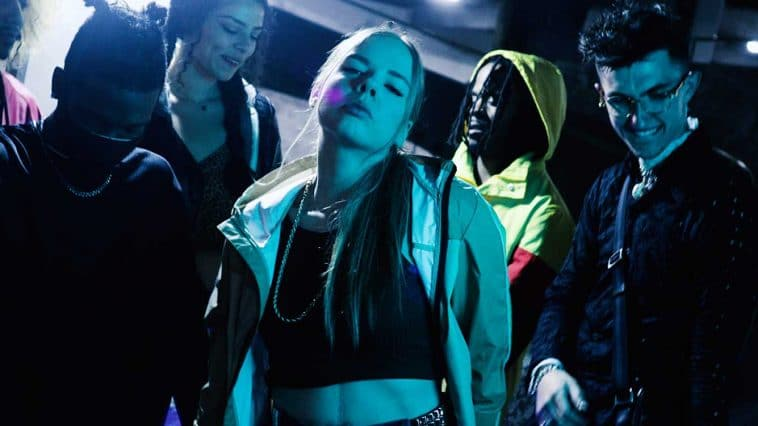 Lizea Harper Music video promotional photo