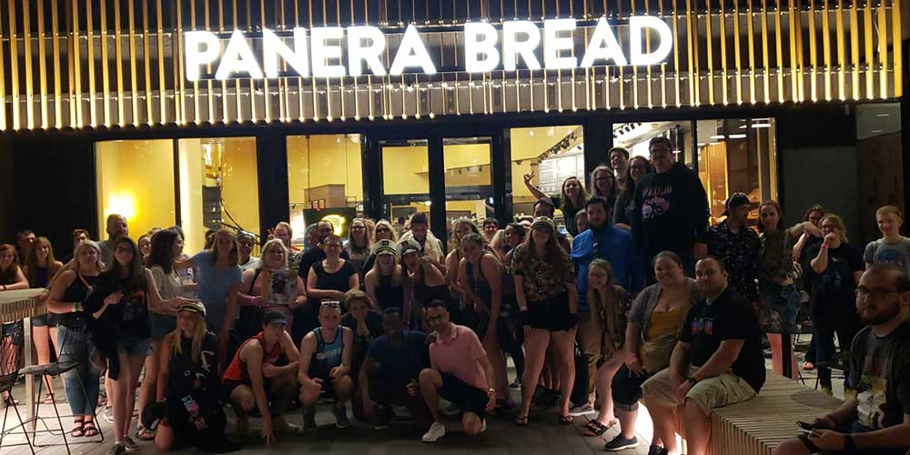 Minneapolis Fans, Panera Bread, The Lonely Island, Minneapolis Armory