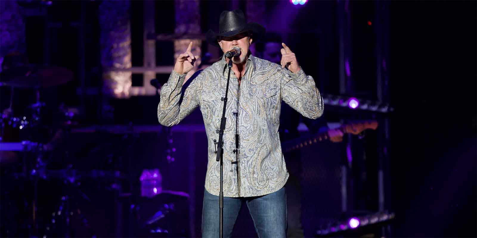 Country Singer Trace Adkins live at the Minnesota State Fair
